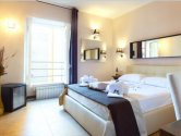 Rome holiday apartments: Guest-House-Rome-Residenza-Colosseum