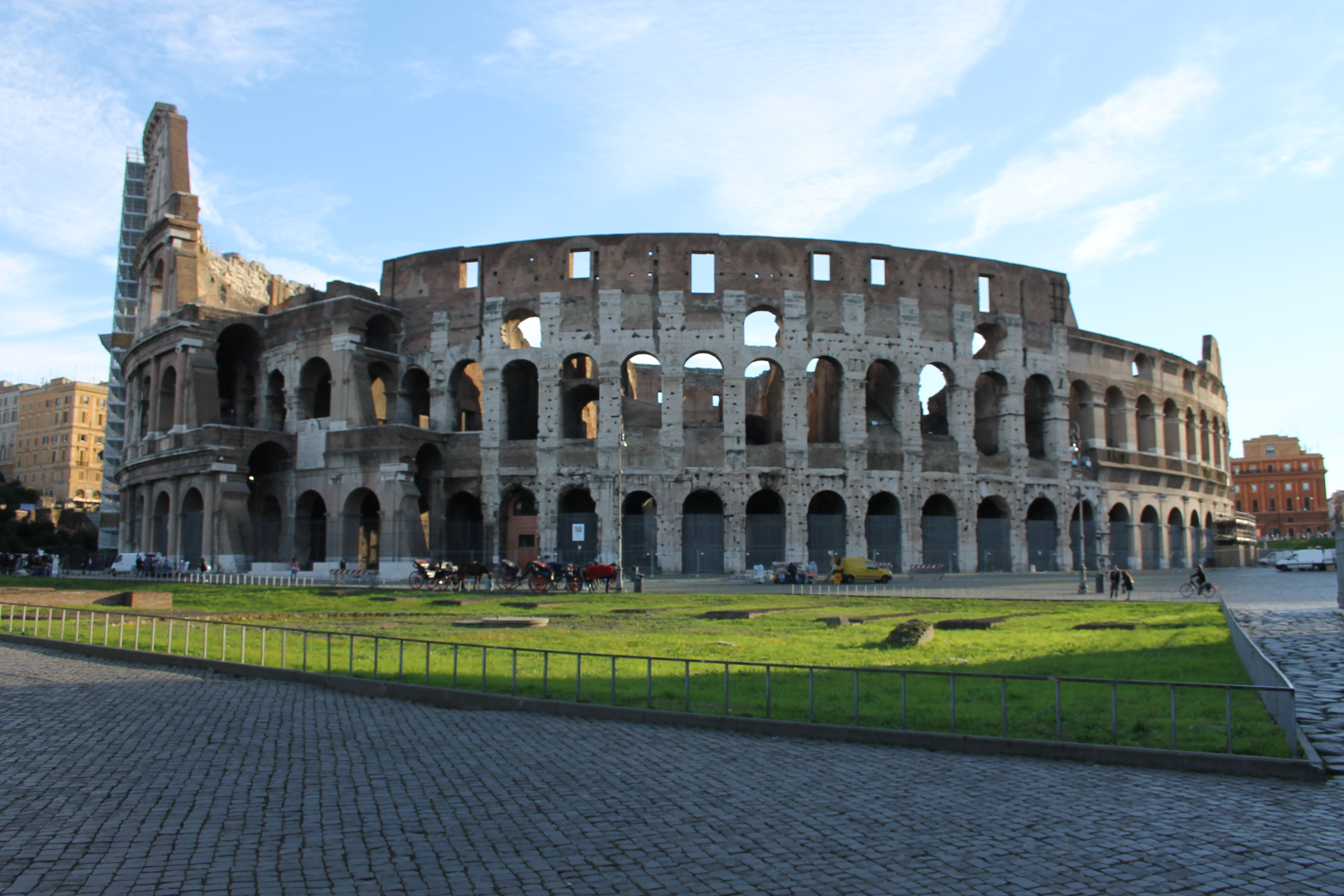 Holiday Rome- Rome for kids- Tour Colosseum and Imperial Forum skip the line